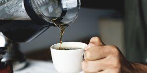 กาแฟดำ VS โอเลี้ยง แตกต่างกันอย่างไร?
